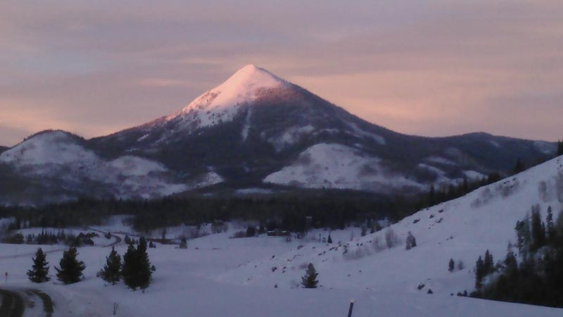 Sunset view of Hahns Peak.